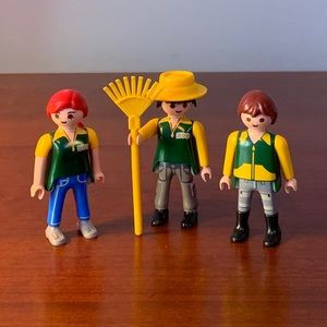Playmobil Zoo Keepers. Three action figure toys.